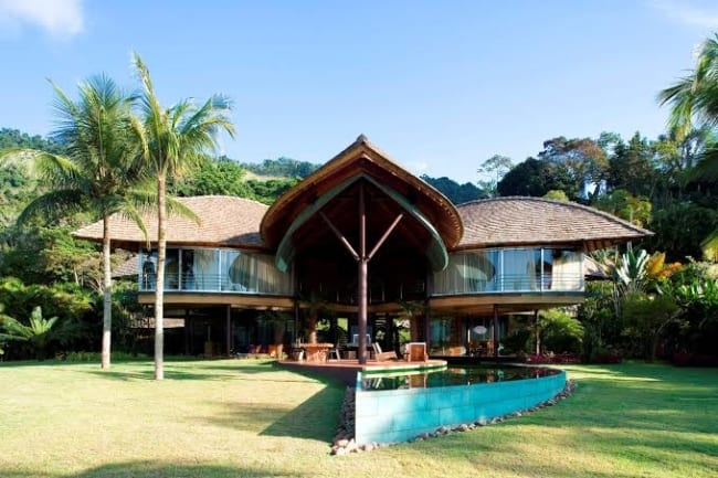 Projetos arquitetônicos sustentáveis casa folha como é