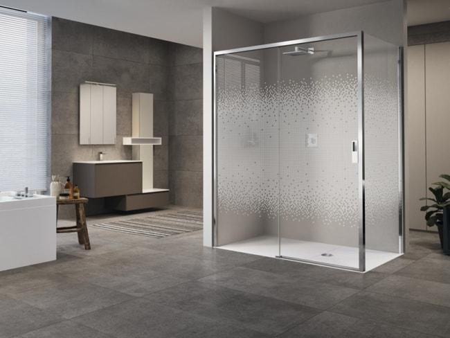 cabine de banho simples e grande