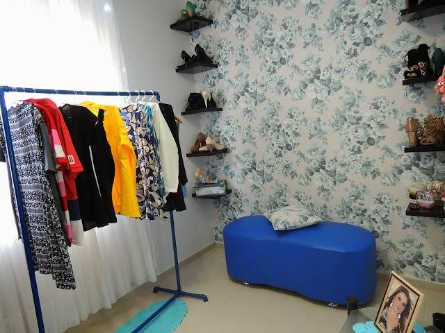 closet feito com canos
