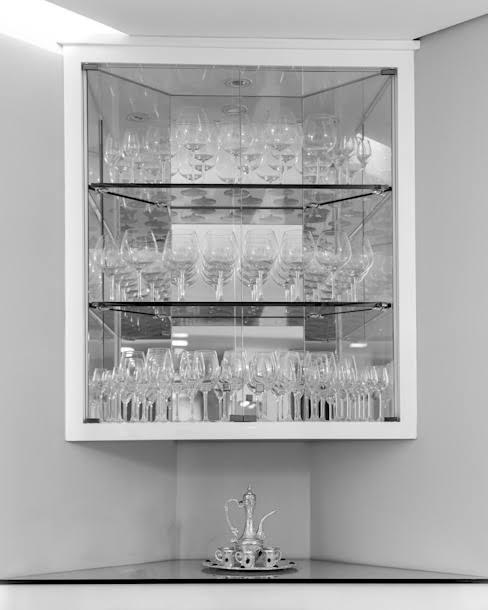 cristaleira de vidro pequena suspensa
