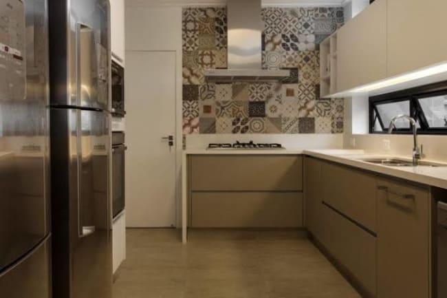 decoração com Porcelanato bege na cozinha
