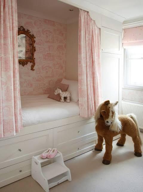 decoração de quarto infantil planejado feminino