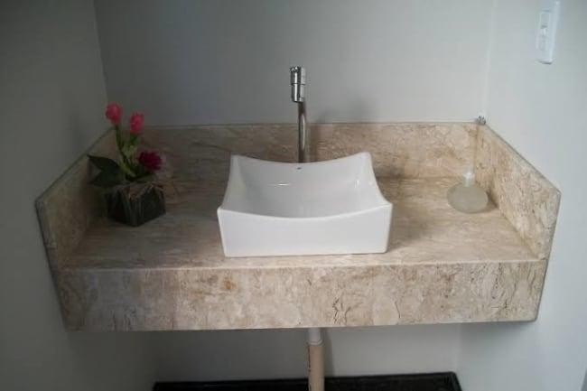 dica de Pia de mármore para banheiro
