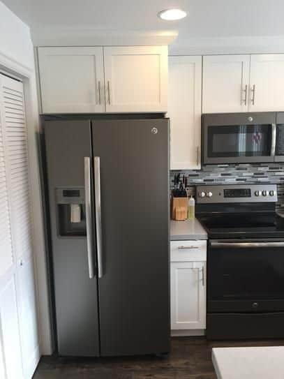 geladeira preta com duas portas ideias
