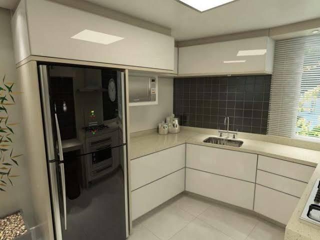 geladeira preta com vidro