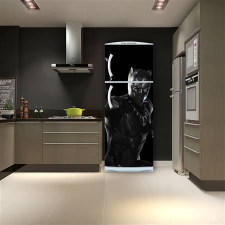 geladeira preta envelopada batman