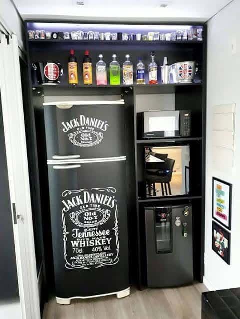 geladeira preta envelopada jack
