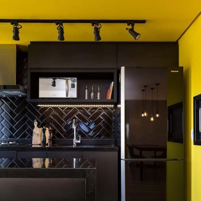 geladeira preta espelhada panasonic