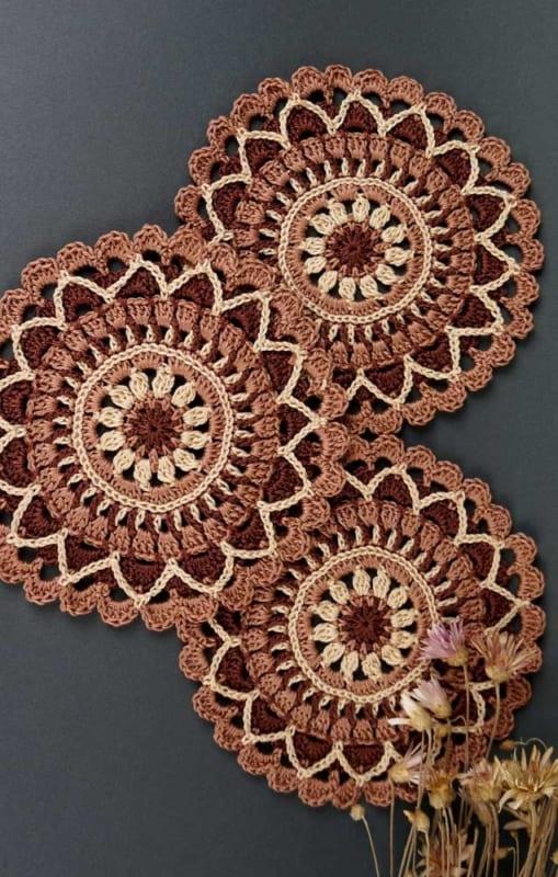 guardanapos lindos de crochê redondo
