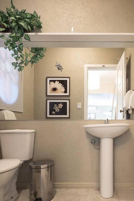 ideia de Pia de banheiro simples