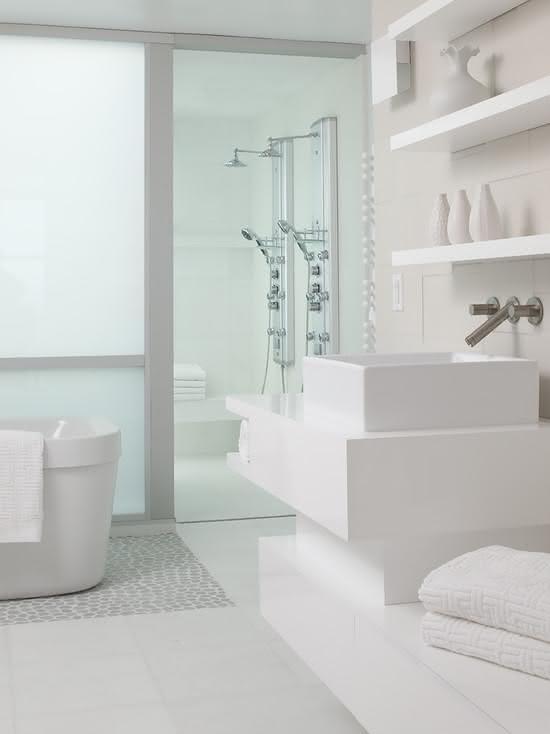 ideia de cabine de banho compacta