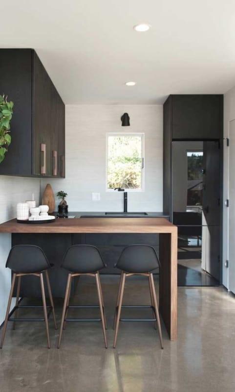 ideias de geladeira preta pequena