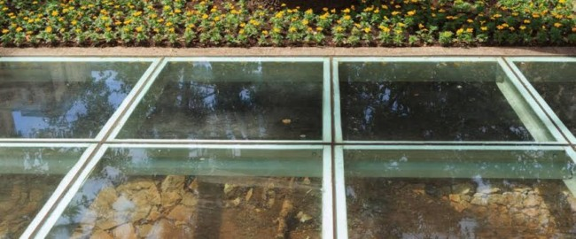modelos de piso de vidro com pedras