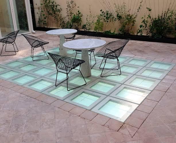 piso de vidro transparente externo