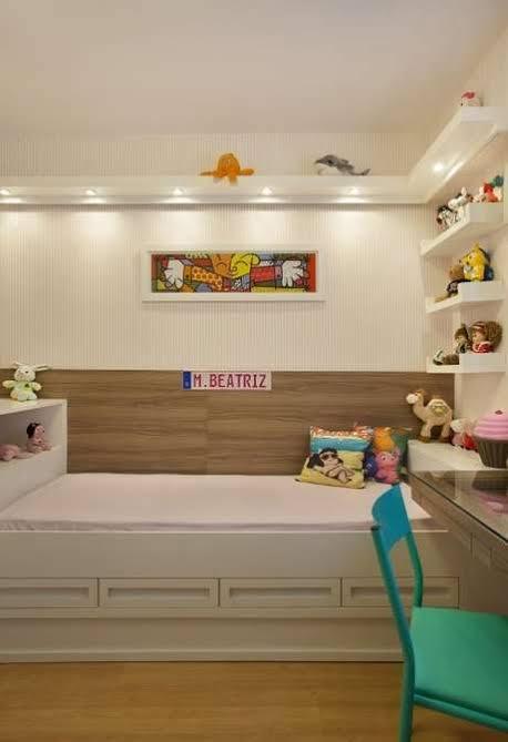 quarto infantil planejado pequeno e compacto
