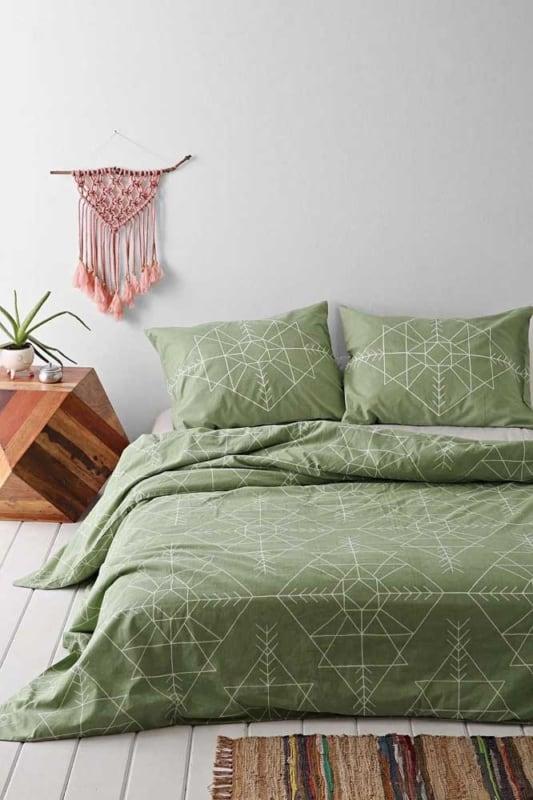 verde musgo no quarto