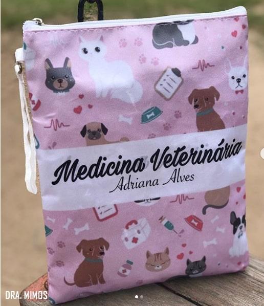 bolsa de jaleco personalizada para médica veterinária
