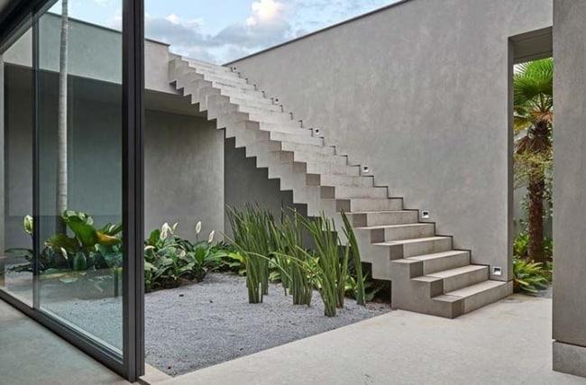 jardim externo simples e moderno