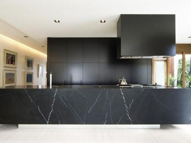 cozinha moderna e preta