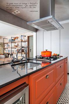 Armários laranjas para a cozinha americana