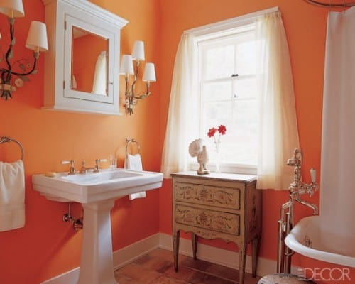Ideia de banheiro cor laranja