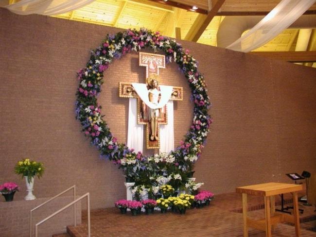 Igreja decorada em datas pascais