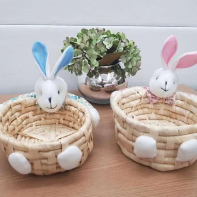 Lindas cestas artesanais de Páscoa