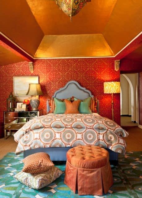 Mistura de cores com o laranja no quarto