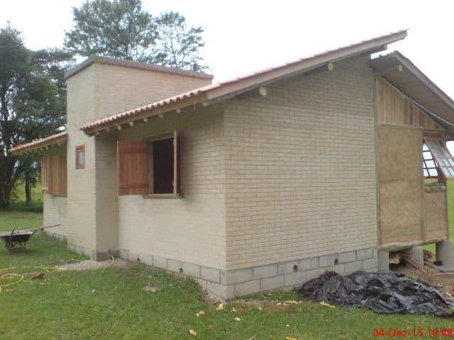 casa com tijolos ecologicos