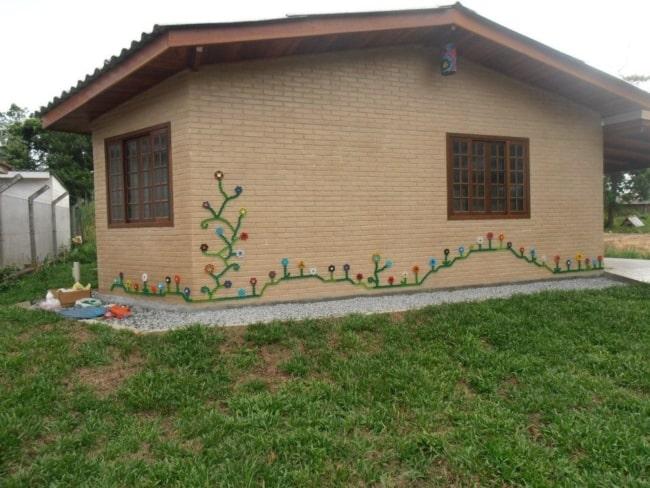 casa pequena com tijolo ecológico