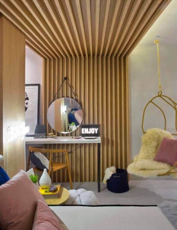 espelho adnet em quarto moderno