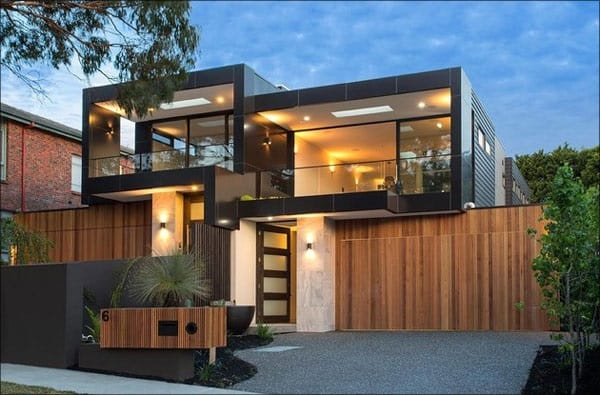 fachada de madeira com platibanda