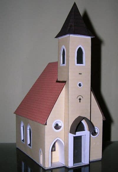 igreja de papelão