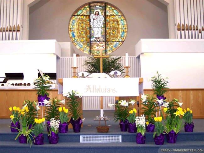 igreja decorada em páscoa