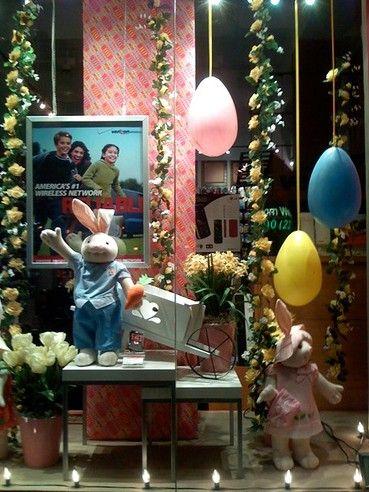 vitrine de loja decorada para pascoa