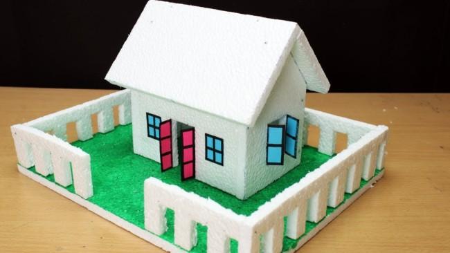 maquete de casa pequena em isopor