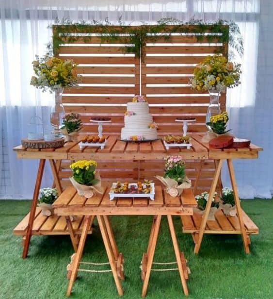 decoração barata e com pallets para casamento