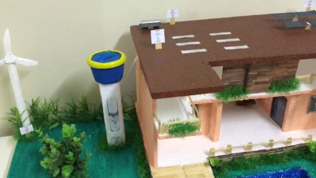maquete de casa sustentável