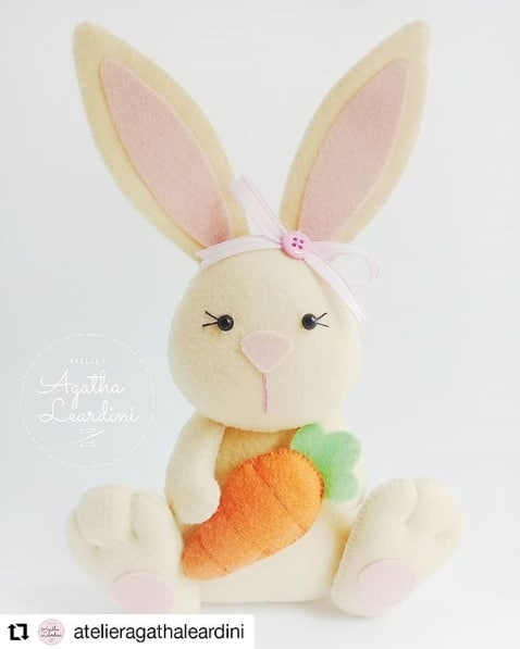artesanato de coelha fofa em feltro