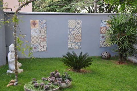 muro decorado com ladrilhos hidráulicos