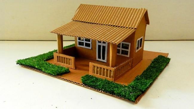 maquete simples de casa pequena com varanda