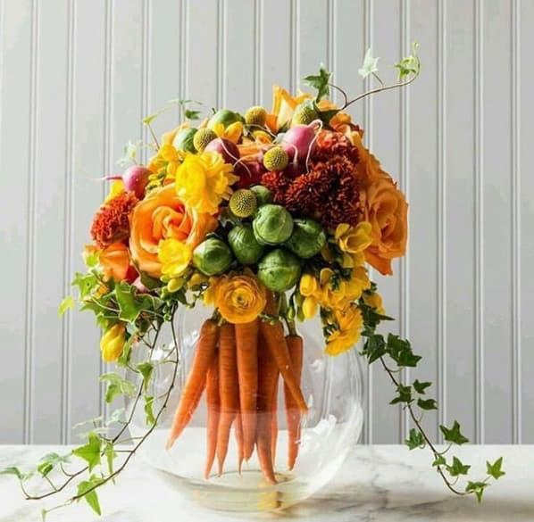 arranjo de mesa com cenouras