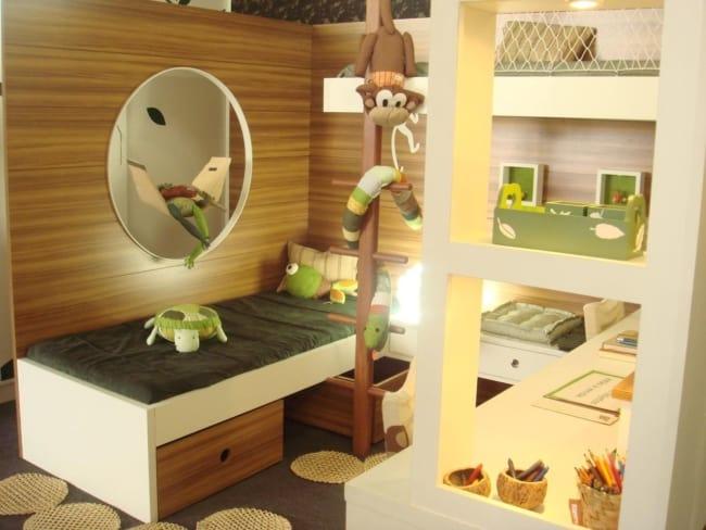 quarto infantil planejado com gavetas na cama
