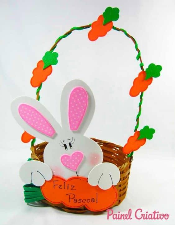 cesta de páscoa decorada com EVA