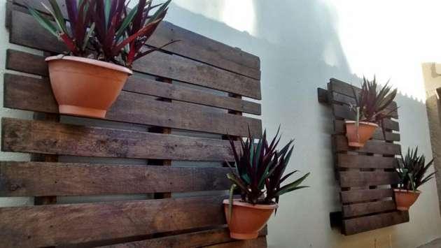 muro com jardim vertical de pallets