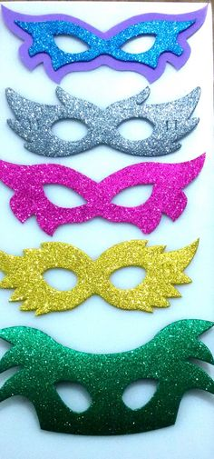 Aoliques em EVA para decoração de Carnaval