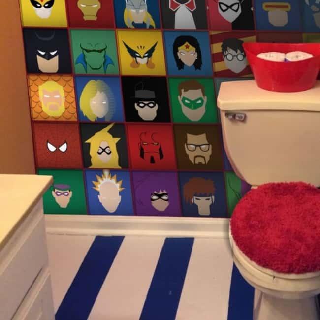 Azulejos de heróis para banheiro