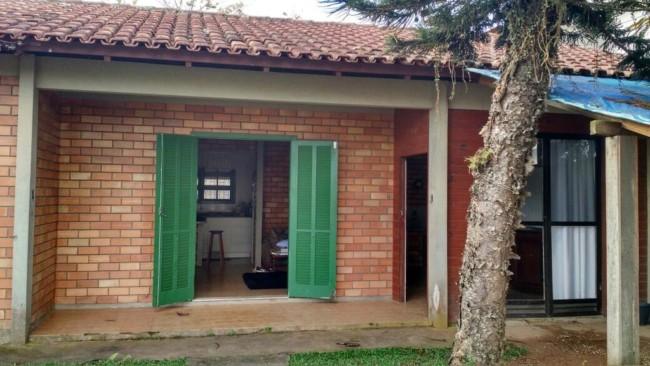 Casas pequenas com tijolos