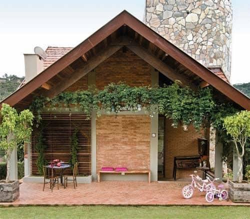Casinha linda de tijolo rústica