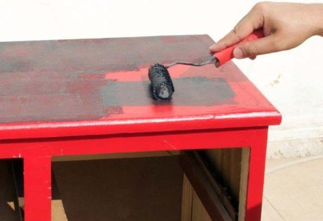 Como pintar madeira sem lixar
